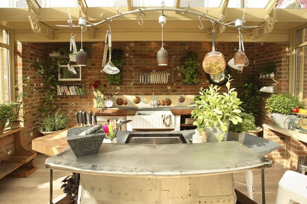 Garden Kitchen 600x400