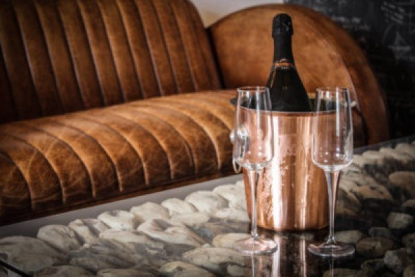 1_the-spinning-block-prosecco-1-400x290-c-default